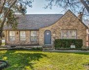 6046 Richmond Avenue, Dallas image