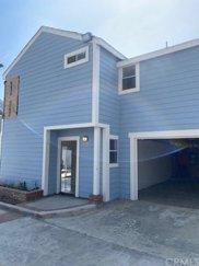 2212     Placentia Avenue   C, Costa Mesa image