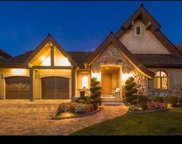 8293 S Bavarian Ct E, Cottonwood Heights image
