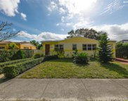 6466 Sw 10 Ter, West Miami image