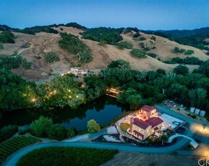 8345 Green Valley Road, Templeton