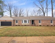 2900 Prince Of Wales Drive, West Chesapeake image