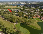 15920 Kingsmoor Way, Miami Lakes image