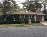 15 Campbell  St, Amityville image