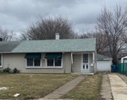 8847 South Beck Place, Hometown image