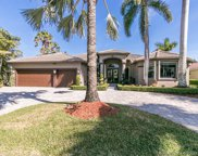 2498 Eagle Run Dr, Weston image
