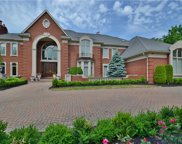 2368 HERONWOOD, Bloomfield Twp image