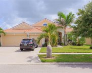 112 Star Shell Drive, Apollo Beach image