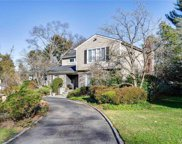 18 Flamingo  Road, East Hills image