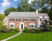 32 Axtell  Drive, Scarsdale image