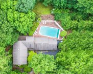 15 Rushleigh  Road, West Hartford image