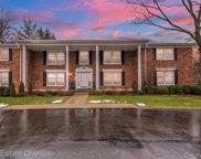 233 BARDEN, Bloomfield Hills image