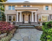 80 Lake  Road, Manhasset image