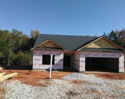 685 Skyview Dr, Commerce image