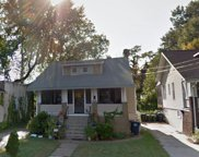 3704 40th   Avenue, Brentwood image