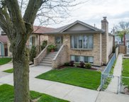 3332 North Opal Avenue, Chicago image