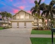935 Nw 197th Ter, Pembroke Pines image