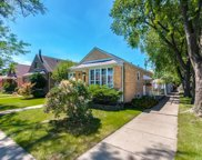 5700 Neenah Avenue, Chicago image