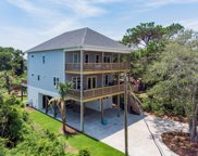 305 Columbia Avenue, Carolina Beach image