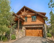 10199 Annies Loop Unit 13, Truckee image