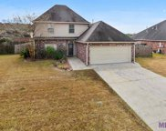 43099 Cypress Bend Ave, Gonzales image