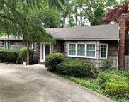 31 Ivy Hill  Drive, Smithtown image