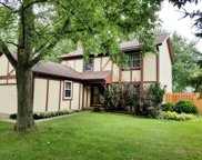 208 South Deerpath Drive, Vernon Hills image