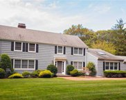 1614 Stewart  Lane, Laurel Hollow image