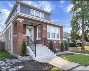 10041 South Parnell Avenue, Chicago image