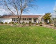 5502 Highpoint Dr, Crestwood image