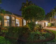 2768 Meadowood Dr, Weston image