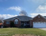 5023 Hunters Point Cir, Louisville image