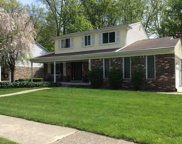 52226 D W Seaton, Chesterfield image