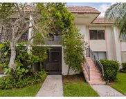 415 Lakeview Dr, Weston image