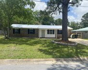 32 NW Nw Deal Avenue, Fort Walton Beach image