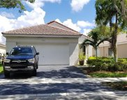 4402 Dogwood Cir, Weston image