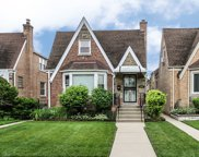 7005 West Henderson Street, Chicago image