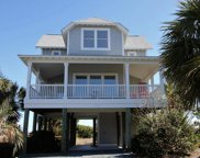 124 Seaside Lane, North Topsail Beach image