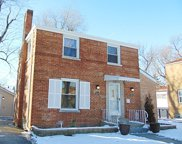 2420 South 19Th Avenue, Broadview image