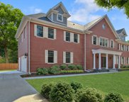 2113 Glen Oak Drive, Glenview image