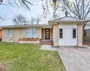 2518 San Paula, Dallas image