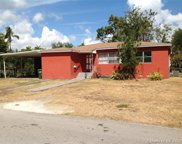 5885 Sw 60th Ave, South Miami image