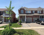 96 Lindenshire Ave, Vaughan image