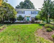 511 Edgewood Court, Burlington image