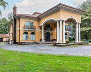 8 Poppy  Lane, Glen Cove image