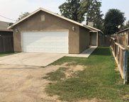 1137 Cagle, Shafter image