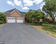 6467 GRISTMILL SQUARE LANE, Centreville image