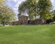 812 Eaglewood  Drive, Zionsville image