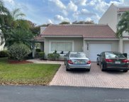 9866 Nw 43rd Ter, Doral image