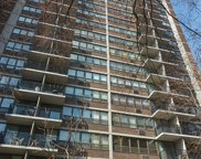 2740 North Pine Grove Avenue Unit 12B, Chicago image